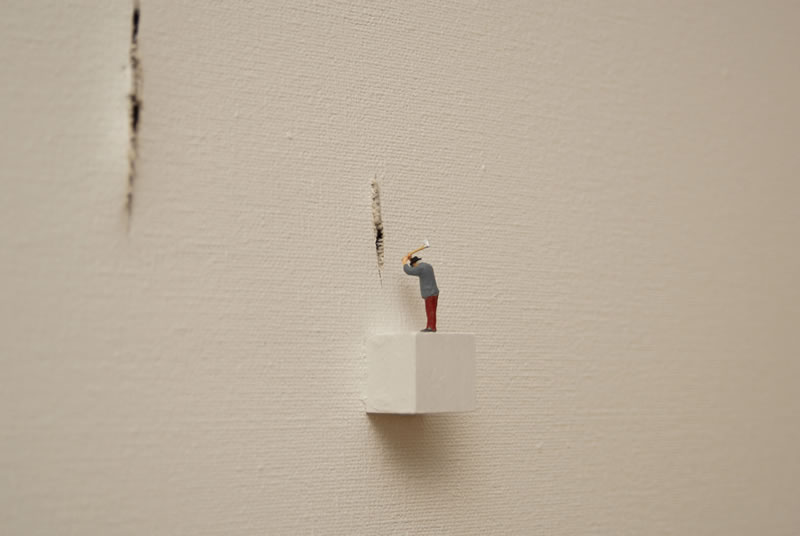 Situations with levitating rabbit 08 %28triptych detail 4%29